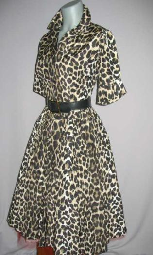 Vintage 50's dilk cheetah print shirtwaist dress