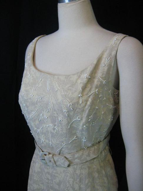 Vintage 50s 60s BH Wragge Linen Sheath Dress Ivory andTan Floral Print Beaded Bodice B38